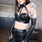 UK Mistress Zoe Noir